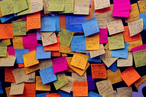 post-it notes with resolutions